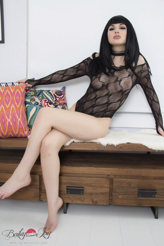 Bailey Jay Time To Enter