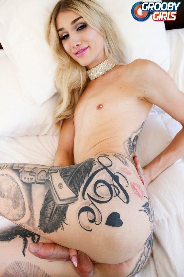 Luna Love Transsexual Superstar