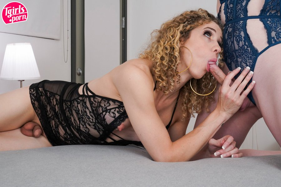 Lianna and Lily Tgirl Lesbians